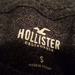 Hollister Tops - Hollister size Small tshirt